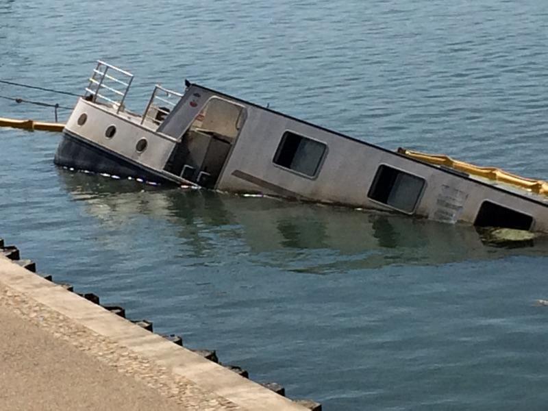 IMG 7468 - Schiffbruch in Arles
