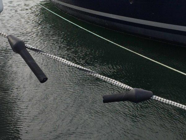 Ruckd%C3%A4mpfer 600x450 - Nerviger Hafentag