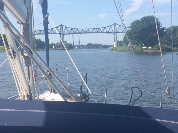 2B5AD14F 21F3 4449 A0CB FE14D33BF211 - Durch den Nord-Ostsee-Kanal