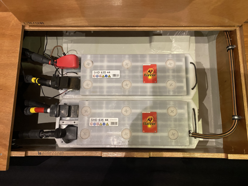 Servicebatterien - Legales Segeln